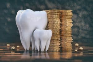An image showing money and teeth